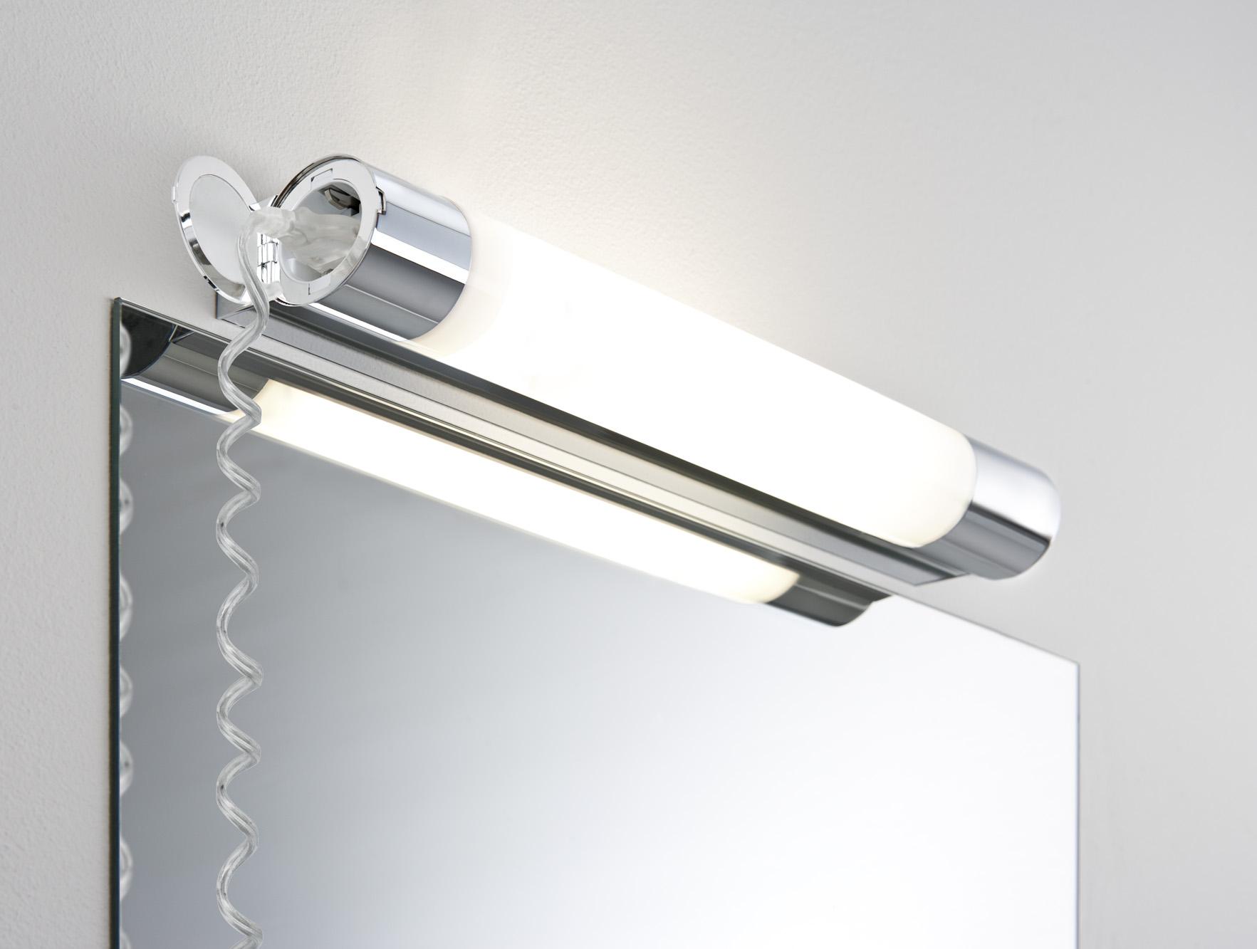 Luminaire étanche pour salle de bain