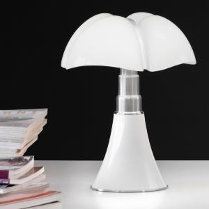 lampe pipistrello et mini pipistrello gae aulenti martinelli. Black Bedroom Furniture Sets. Home Design Ideas